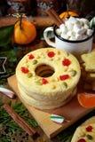 Печенья Shortbread сформированные как кольца и звезды Стоковые Фотографии RF