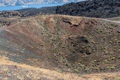 Печная труба вулкана в острове Nea Kameni около Santorini, Греции Стоковая Фотография