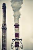 Печные трубы с драматическим дымом Стоковое Изображение