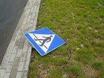 пешеходный знак Стоковое Изображение