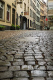 Пешеходные улицы старого Кёльна Стоковая Фотография
