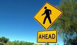 Пешеходный знак Стоковая Фотография