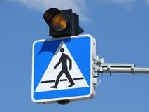 Пешеходный переход дорожного знака Стоковое Изображение