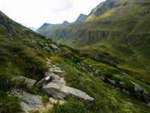 Пеший путь в горах Стоковая Фотография RF