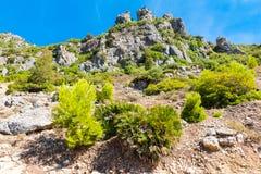 Пеший туризм в горах Rif Марокко под городом Chefchaouen, Марокко, Африка стоковые изображения