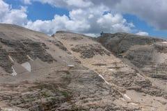 Пеший туризм в итальянских Альпах, Piz Boe стоковое изображение rf