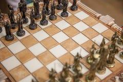 Пешки шахмат на доске closeup селективный фокус, пэ-аш шахмат Стоковое фото RF