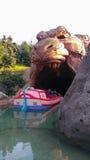 Пещера ДИСНЕЙЛЕНДА ПАРИЖА Aladin Стоковые Фото