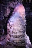 Пещера сталактита стоковое изображение