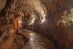 Пещера Jung в vieng vang, Лаосе стоковая фотография rf