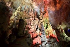 Пещера karst в villiage bama, guangxi, фарфоре Стоковые Фото