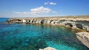 Пещеры моря, Кипр, Европа стоковые изображения rf
