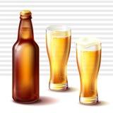 Пивная бутылка и стекла weizen с пивом иллюстрация вектора