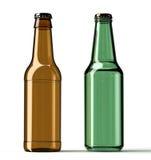 2 пивной бутылки изолированной на белой предпосылке Стоковая Фотография