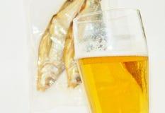 Пиво, высушенная рыба Стоковое Изображение RF