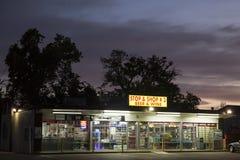Пиво и винный магазин в Соединенных Штатах стоковая фотография