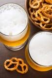 Пиво и закуска на баре Стоковое Изображение RF