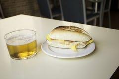 Пиво и закуска Стоковое Фото