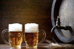 Пиво с бочонком стоковая фотография rf