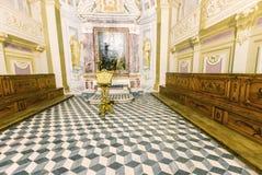 ПИЗА, ИТАЛИЯ - 16-ОЕ МАЯ 2015: Интерьер Calci Charterhouse _ стоковые фото