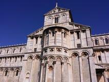Пиза, dei Miracoli аркады Ла стоковое изображение