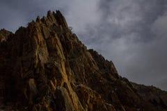 Пики вдоль каньона утеса отстают в Provo, Юте стоковые фотографии rf