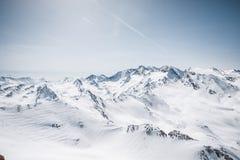 пики гор горы caucasus dombay стоковые фотографии rf