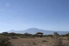 Пики Mawenzi и Kibo в Kilimandaro Стоковые Изображения RF