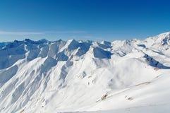 Пики Snowy Стоковое фото RF