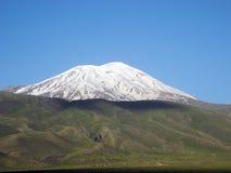 Пики Snowy Mount Ararat Стоковые Изображения RF