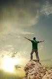 пик горы человека Стоковое Изображение
