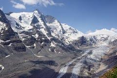 Пик горы Grossglocker с снегом в временени Стоковое Изображение RF