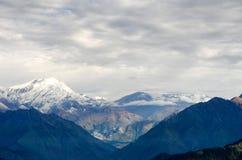 Пик и долина Annapurna Стоковые Фото