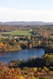 пик листва падения цвета стоковое изображение rf