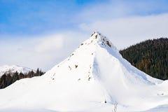Пик снега зимы стоковое изображение rf