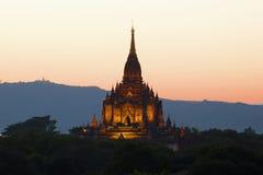 Пик старого буддийского виска Gawdaw Palin на заходе солнца bagan myanmar Стоковая Фотография