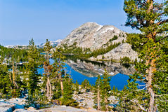 Пик Chittenden и озеро Tilden, национальный парк Yosemite, Califor Стоковая Фотография