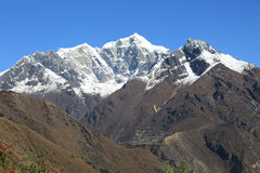 Пик dablam Ama в trekway от Непала в треке everest Стоковая Фотография RF