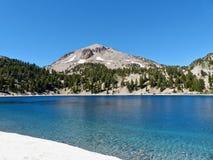 Пик Lassen, озеро Хелен Стоковое Изображение RF