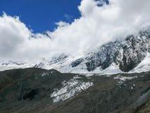 Пик Tilicho и Roc Noir, Непал Стоковые Изображения RF