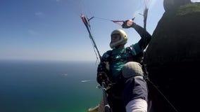 Пилот параплана, физическое с ограниченными возможностями сток-видео