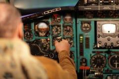 пилот aviates воздушных судн Стоковое Изображение RF