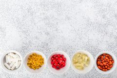 Пилюльки, таблетки и капсулы медицины Стоковое Изображение