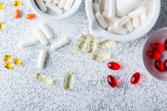 Пилюльки, таблетки и капсулы медицины Стоковое Фото