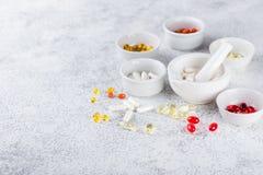 Пилюльки, таблетки и капсулы медицины Стоковые Фото
