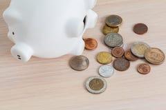 пинк банка керамический piggy Стоковое Изображение RF