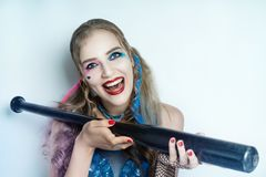 пинк белокурой девушки голубой составляет стоковое изображение rf