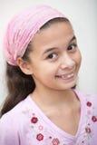 пинк девушки пестрого платка евроазиатский Стоковая Фотография