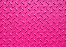 Пинк покрасил промышленный стальной покрывать с текстурированной решеткой картиной настила стоковые изображения rf