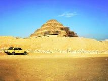 Пирамида шага Djoser на Саккаре в Египте стоковая фотография rf